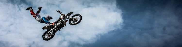 biker-motorcycle-dirt-extreme-53990.jpeg